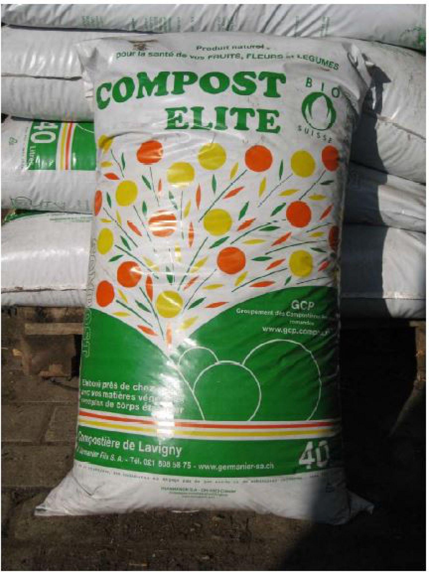Action printanière de sacs de compost aux déchèteries mobiles